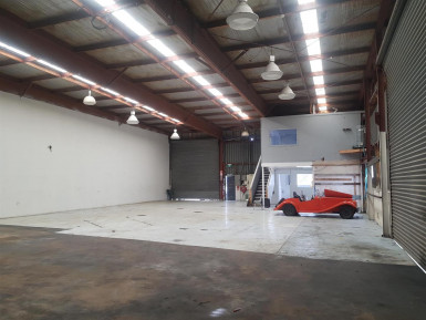 Affordable Warehouse with Minimal Office  for Lease East Tamaki Auckland