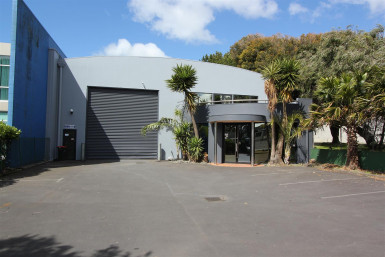 Prime Penrose Stand-Alone Unit  for Lease Auckland