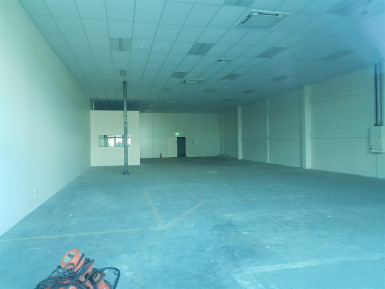 Refurbished Retail Trade Unit Property for Lease East Tamaki Auckland