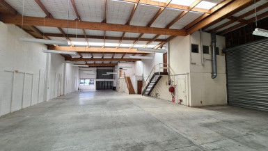 Strandalone Warehouse and Office for Lease Mount Eden Auckland