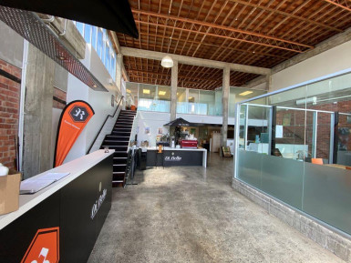 Tidy Office and Warehouse Space Property for Lease Sandringham Auckland