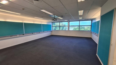 Large Offices for Lease Papatoetoe Auckland