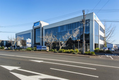 Tidy Station Road Office Space for Lease Penrose Auckland