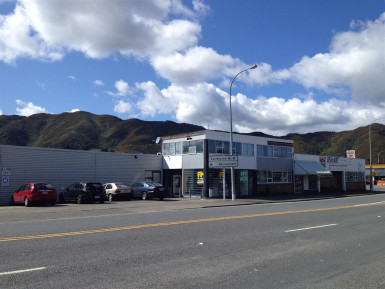 High Profile Warehouse and Showroom Property for Lease Seaview Wellington
