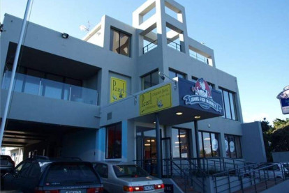 Re-Strengthened Showrooms Property for Lease Petone Wellington