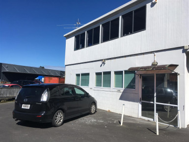 Low Stud Warehouse and Office  for Lease Kenepuru Wellington