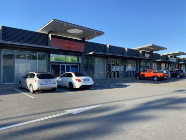 Well Presented Retail Complex for Lease Porirua Wellington