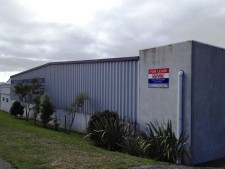 Warehouse  and Showroom  Property  for Lease