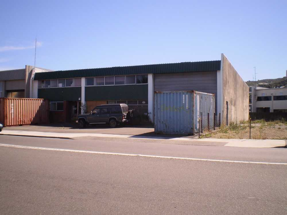 Showroom and Warehouse  for Lease Wellington Central