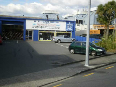 Modern Showroom and Warehouse  for Lease Alicetown Wellington