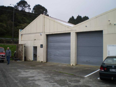 Small Warehouse  Property  for Lease