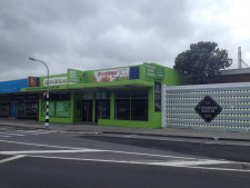 High Vis Retail  Property  for Lease