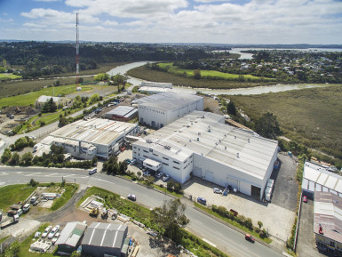 High Stud Industrial Space  for Lease Henderson Auckland