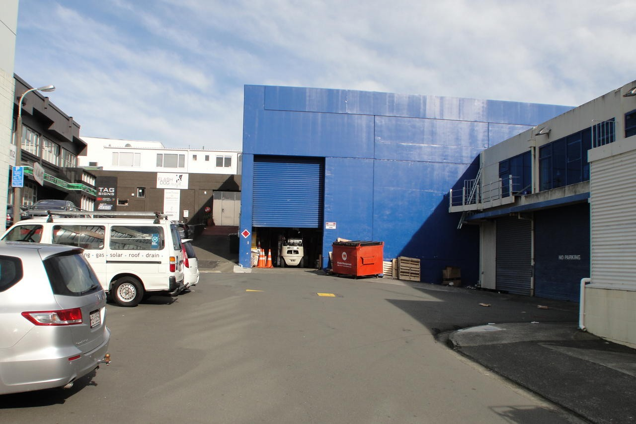 Big Warehouse  for Lease Mt Cook Wellington