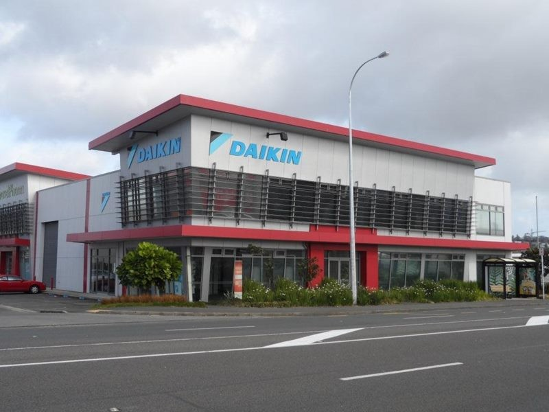 Showroom Office and Warehouse  for Lease Penrose Auckland