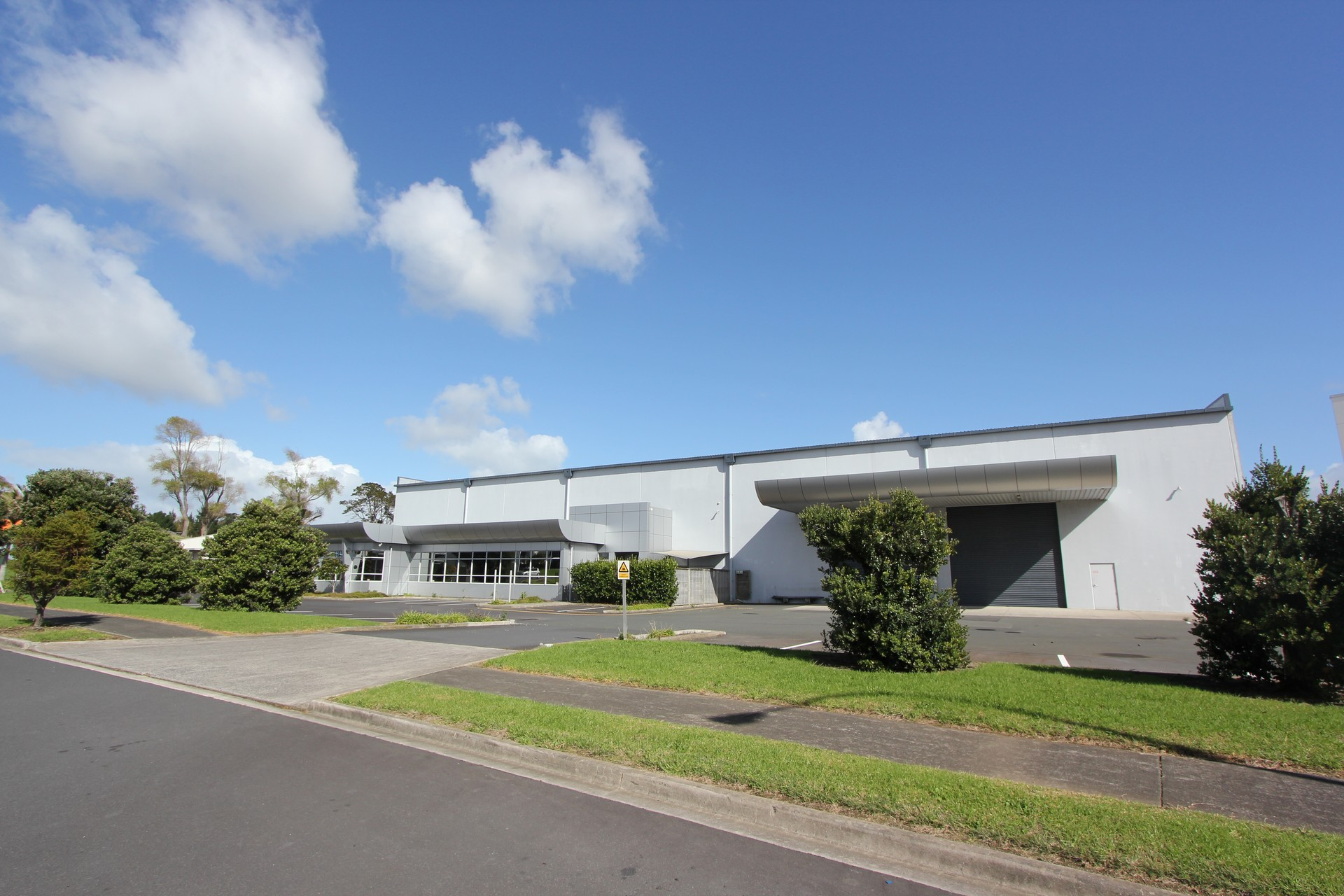 Quality Industrial Warehouse  for Lease East Tamaki Auckland