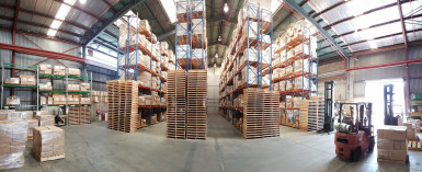 High Stud Low Cost Warehouse  for Lease Penrose Auckland