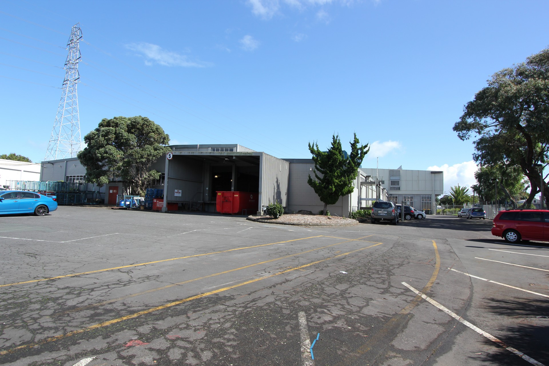 Large Industial Space  for Lease East Tamaki Auckland
