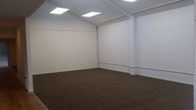 Immaculate Warehouse and Office  for Lease Christchurch Central