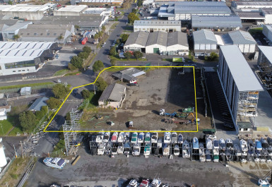 Industrial Warehouse with Road Frontage  for Lease Mount Wellington Auckland
