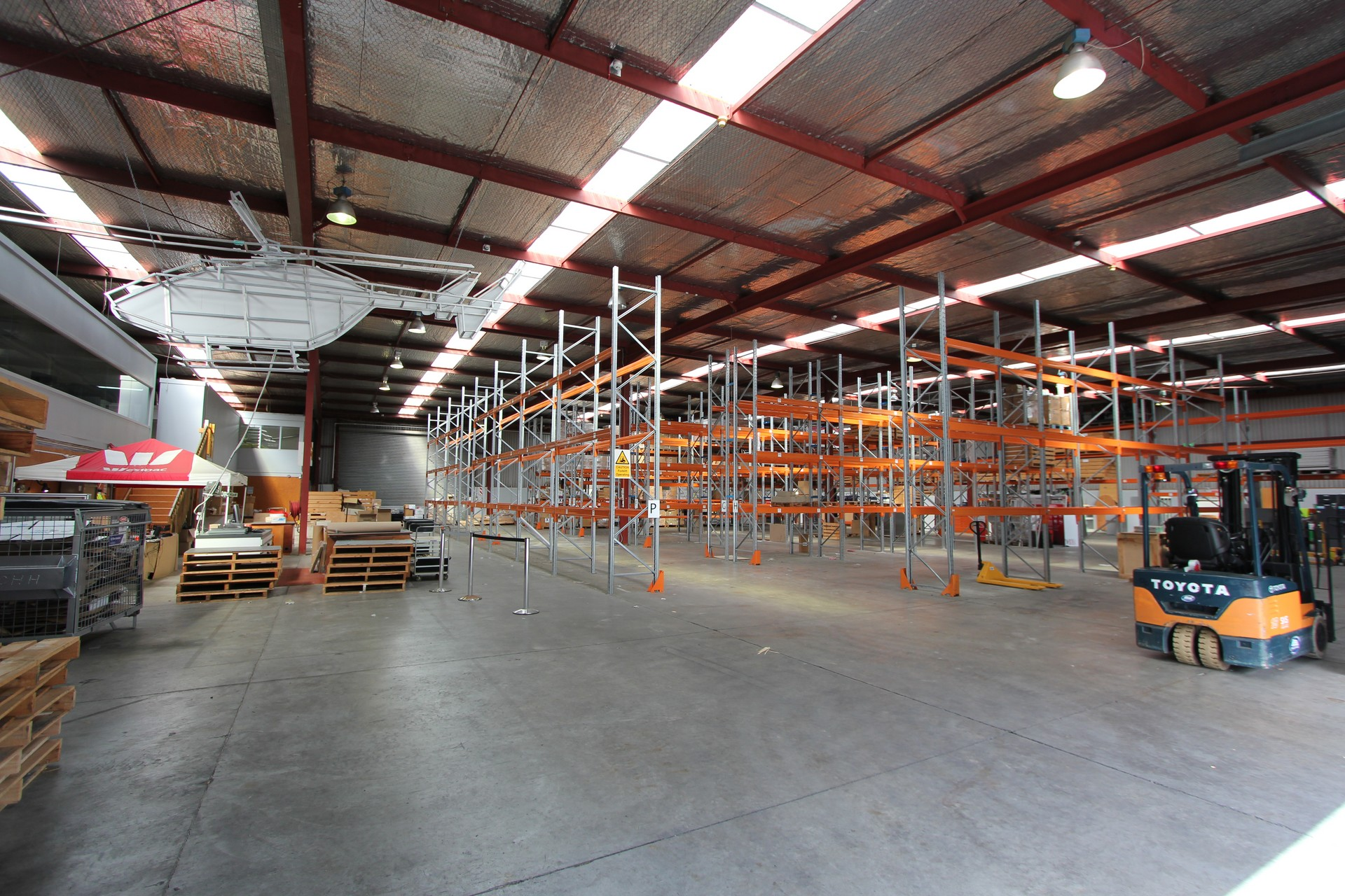 Well located Industrial Warehouse  for Lease East Tamaki Auckland