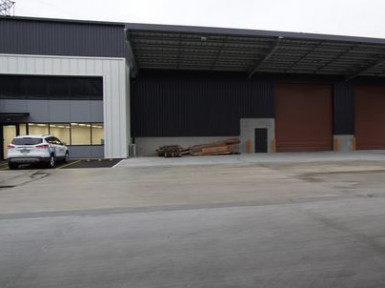 Rear Industrial Warehouse  Property  for Lease
