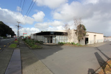 Industrial Warehouse  Property  for Sale/Lease