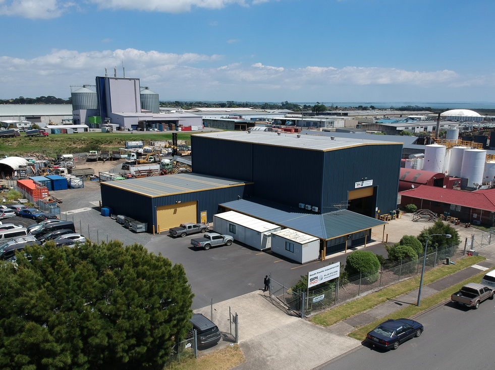 15t Gantry Warehouse and Yard  for Lease Auckland Wiri