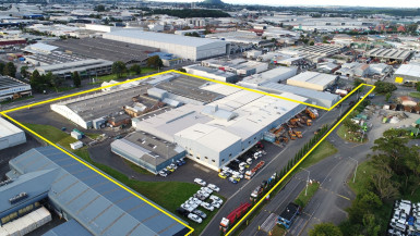 Industrial Warehouse with Yard  for Lease Onehunga Auckland