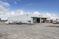 High Stud Industrial Warehouse  Property  for Lease