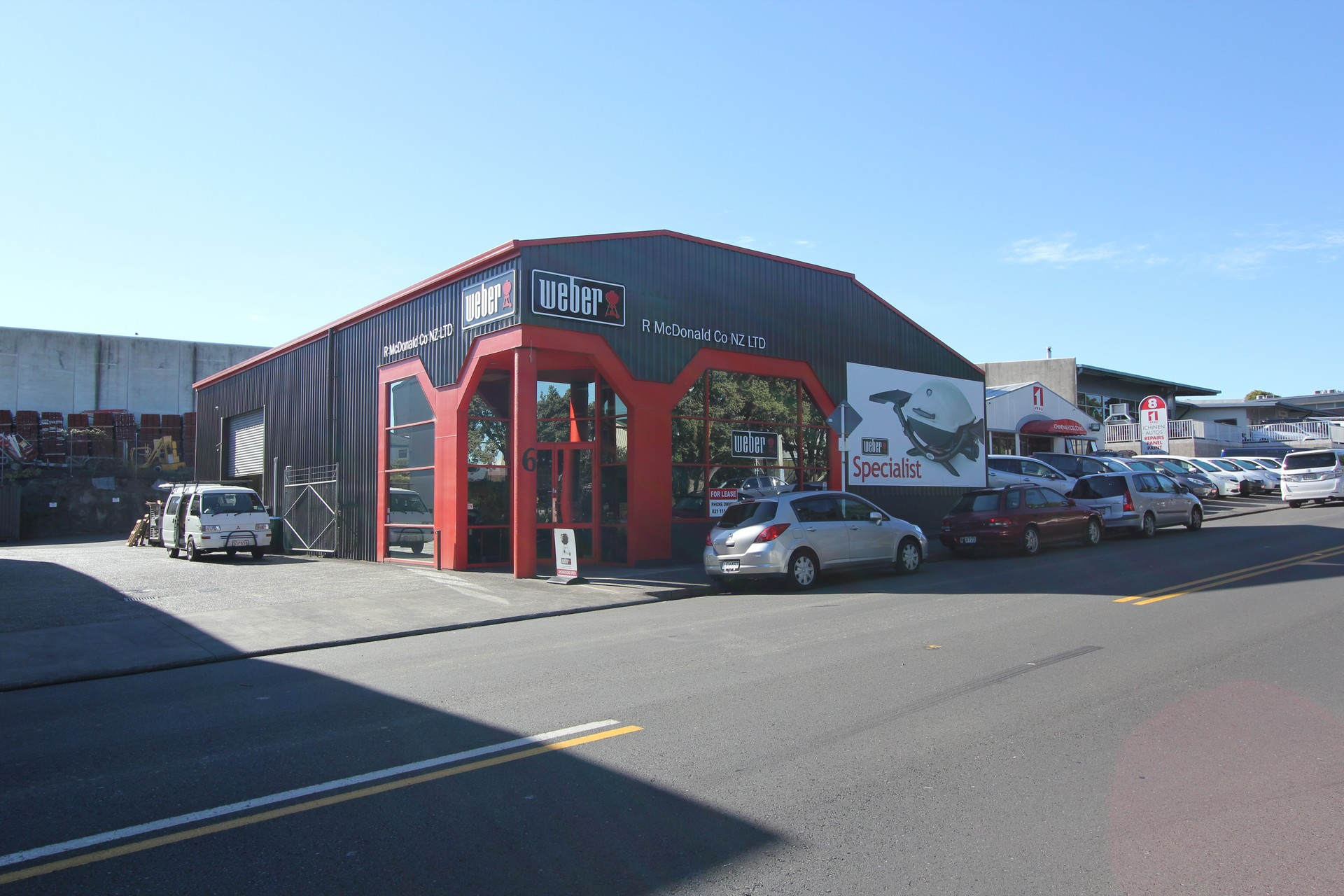High Profile Warehouse Showroom  for Lease Penrose Auckland