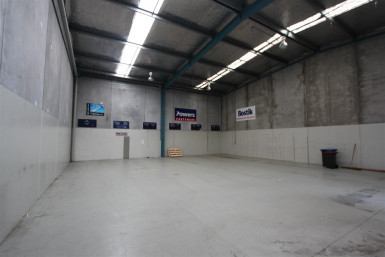 Industrial Warehouse with Small Office  for Lease Mount Wellington Auckland