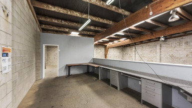 High Stud Clear Span Warehouse  Property  for Lease