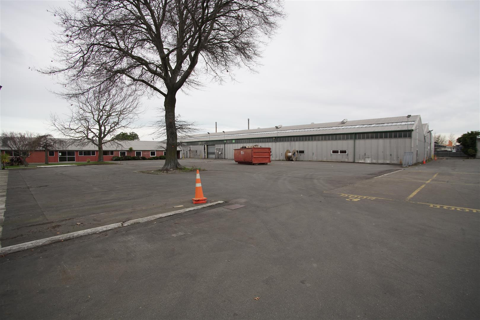 Industrial Warehouse with Large Yard  for Lease Sockburn Christchurch