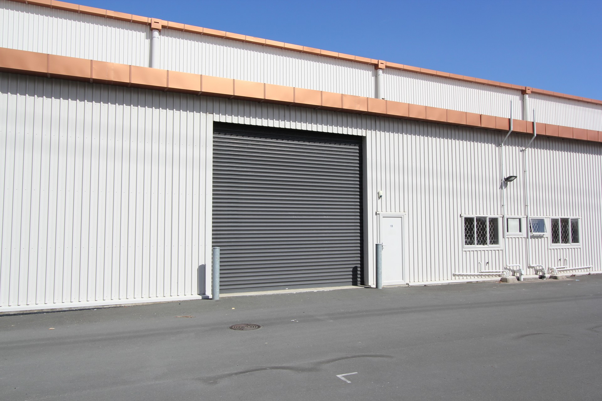 Fully Secure Industrial Warehouse  for Lease Onehunga Auckland