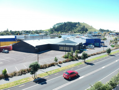 High Profile Warehouse with Yard  for Lease Mount Wellington Auckland
