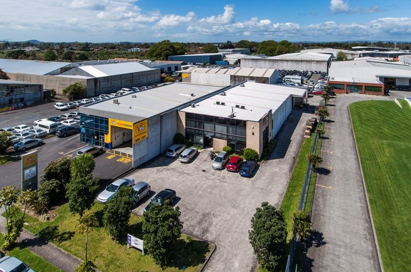 Industrial Warehouse with Office and Carparks  for Lease Mangere Auckland