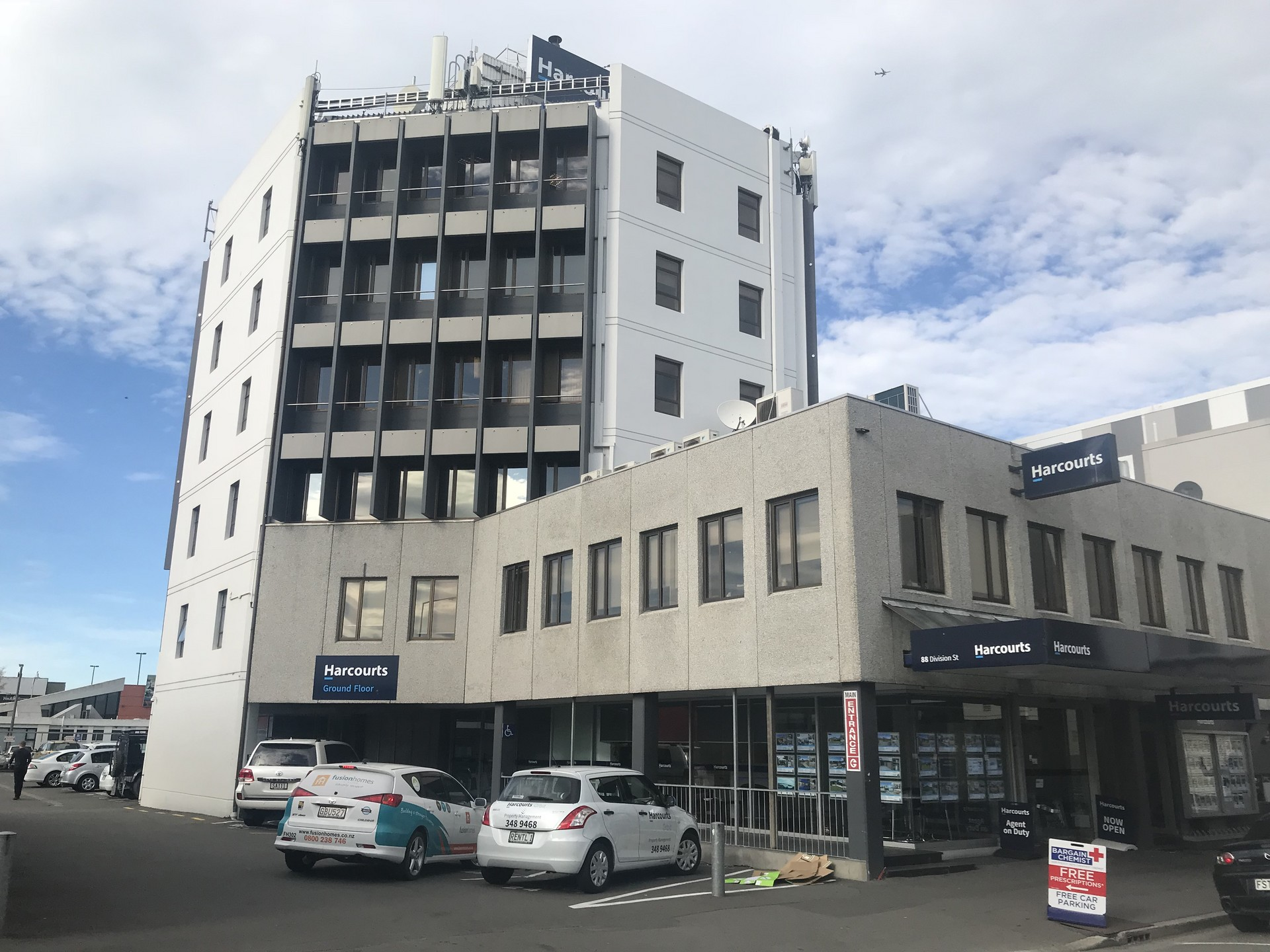 Offices with Carparks  for Lease Riccarton Christchurch