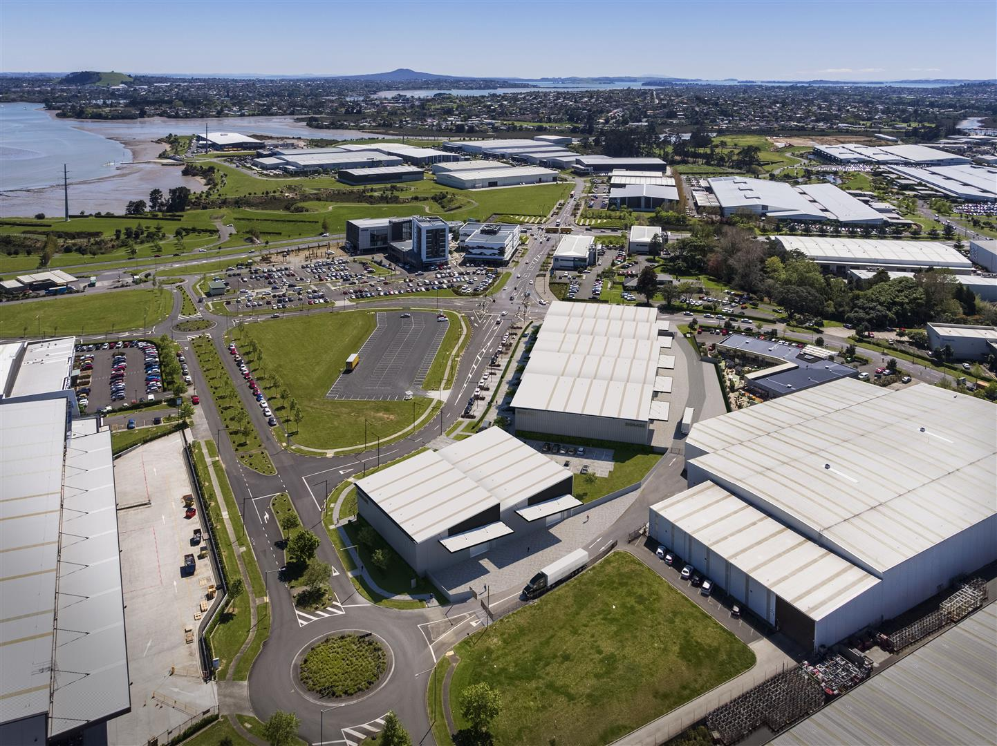 Industrial Warehouse with Office  for Lease East Tamaki Auckland