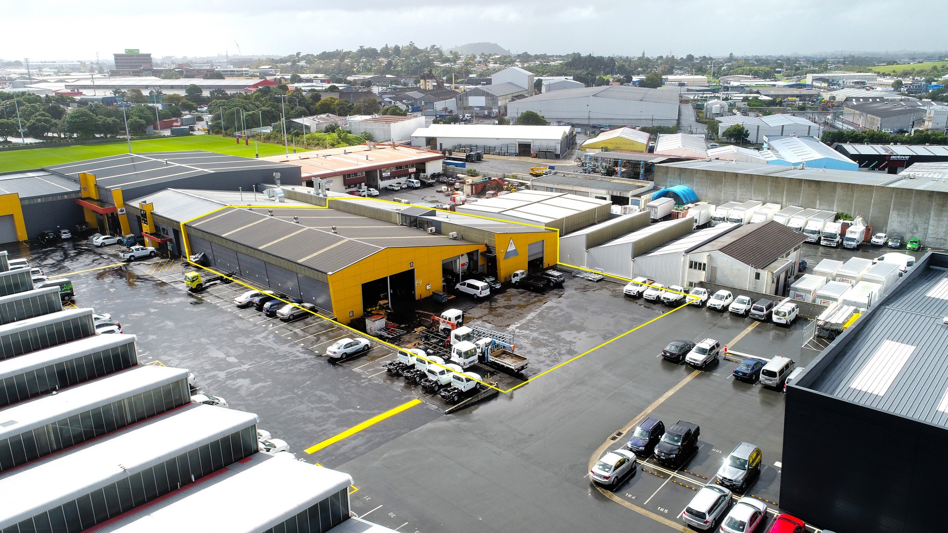 Industrial Warehouse with Office and Yard  for Lease Onehunga Auckland