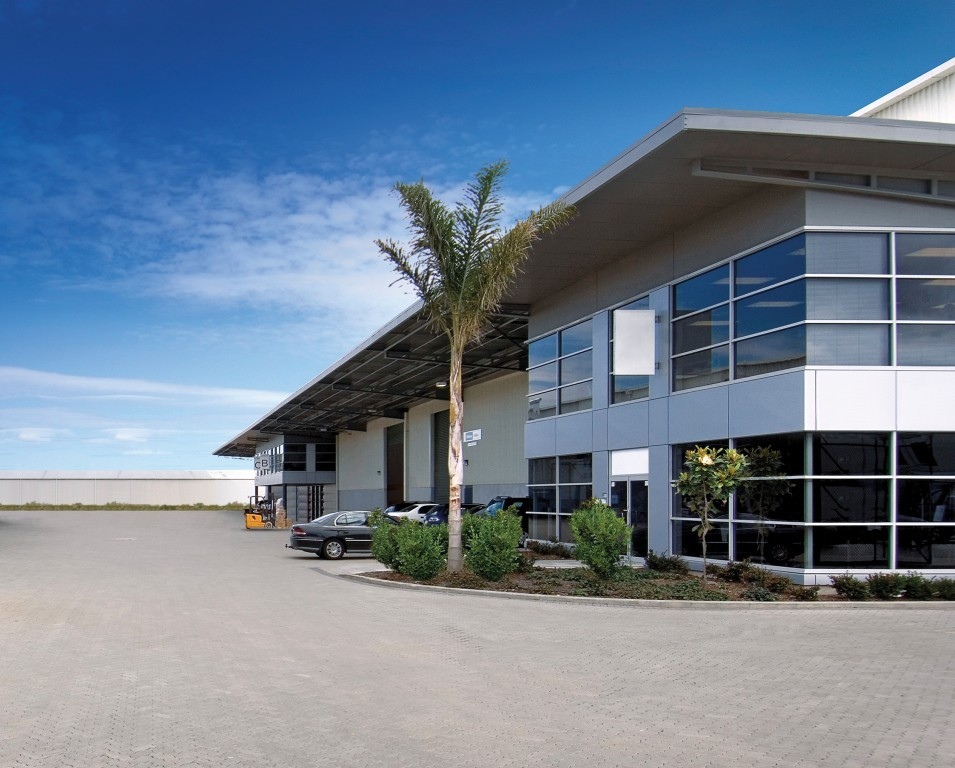 Industrial Warehouse with Office  for Lease Penrose Auckland