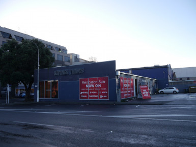High Profile Newmarket Showroom  Property  for Lease