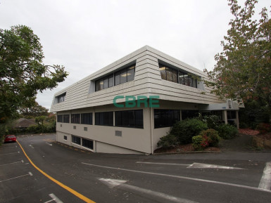 Huge Potential Office  Property  for Lease