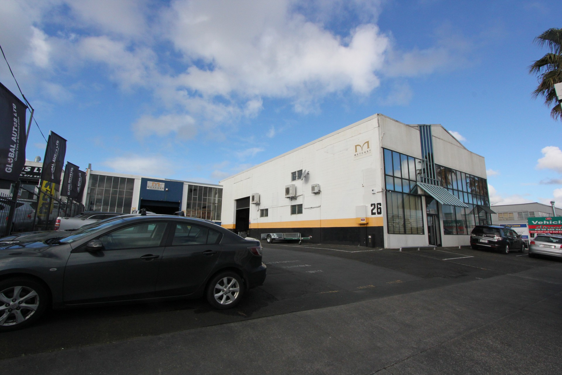 Industrial Warehouse with Carparks  for Lease Otahuhu Auckland