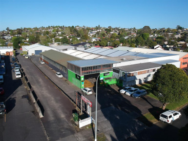 Power House Industrial With Gantry Crane  Property  for Lease