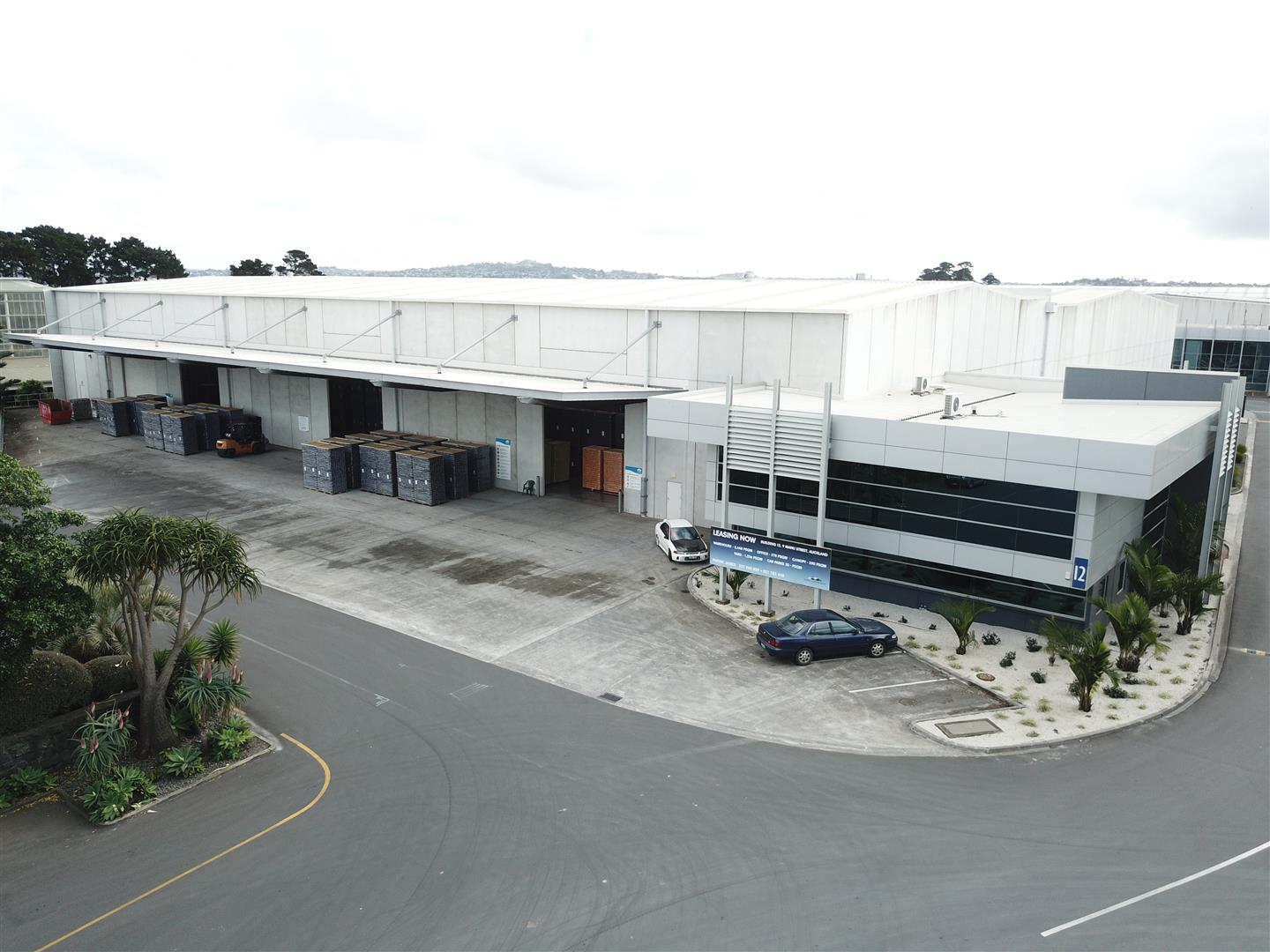 Modern Central Industrial Building  for Lease Otahuhu Auckland
