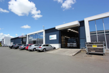 Warehouse and Offices  Property  for Lease