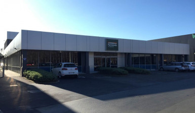Large Office or Retail  Property  for Lease