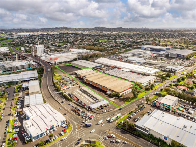 Industrial Warehouse with Yard  for Lease Mount Wellington Auckland