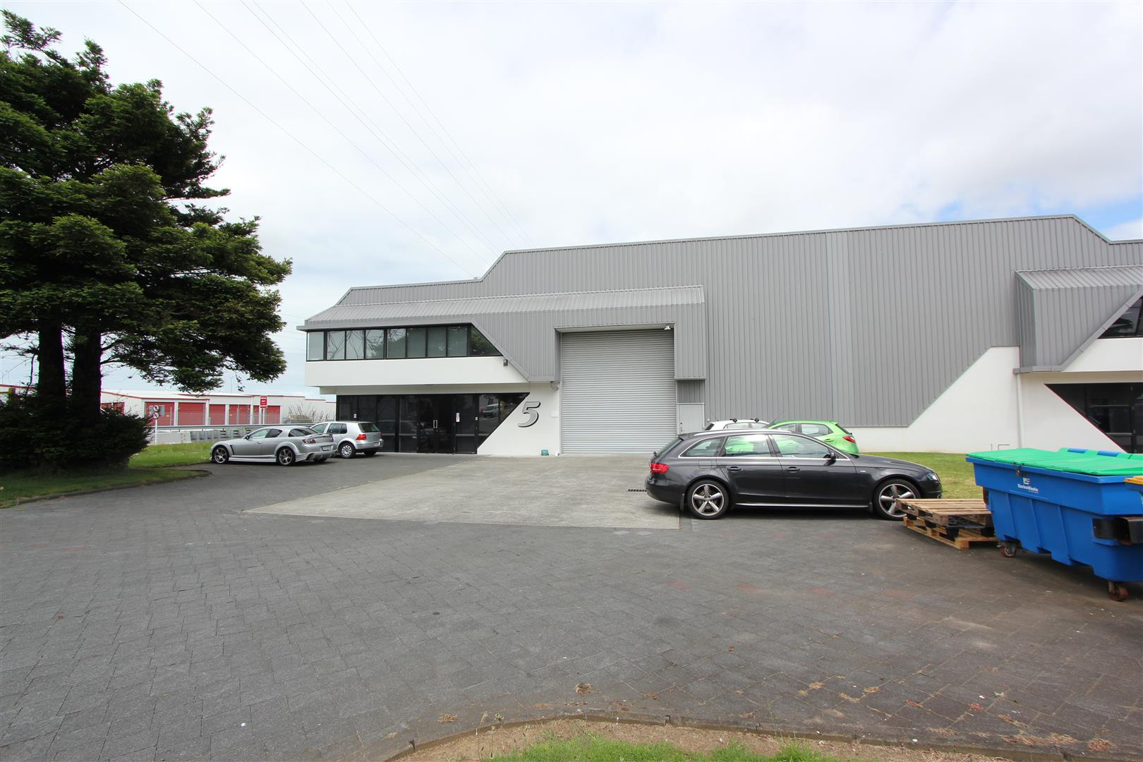 Warehouse & Showroom  for Lease Onehunga Auckalnd